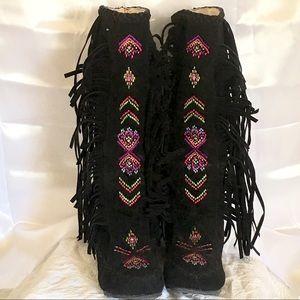 Shoes - Black Fringe Boots